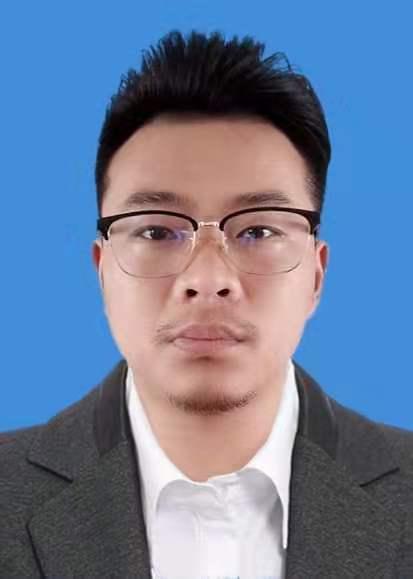 副会长张子震先生
